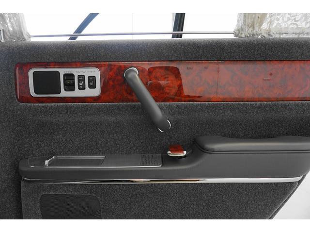 標準仕様車 デュアルEMVパッケージ シートヒーター&クール(68枚目)