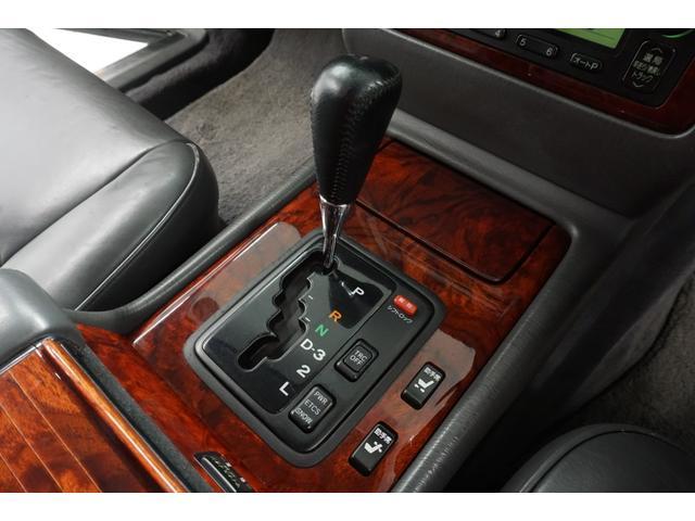 標準仕様車 デュアルEMVパッケージ 本革シート シートヒーター ETC(40枚目)