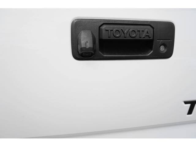 クルーマックス 1794エディション 3インチリフトアップ 社外SDナビ バックカメラ ETC キーレス 社外20インチアルミ オーバーフェンダー ブラウンレザー サイドステップ ムーンルーフ コーナーセンサー セーフティセンス(31枚目)