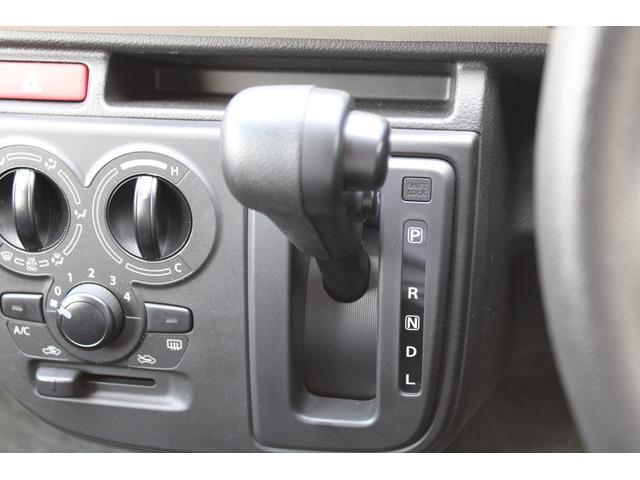 L シートヒーター 盗難防止センサー アイドリングストップ 横滑防止 純正CDオーディオ キーレス(8枚目)