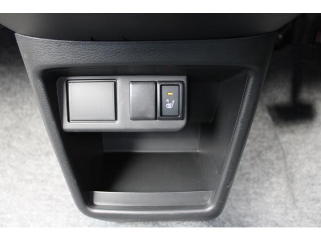 L シートヒーター 盗難防止センサー アイドリングストップ 横滑防止 純正CDオーディオ キーレス(17枚目)