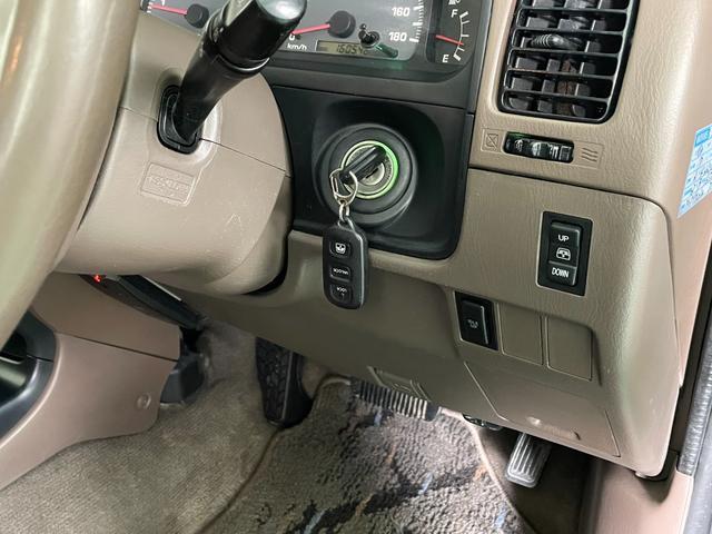 SSR-X NEWペイントグレー リフトアップ ナローボディー DEANホイール 社外マフラー ヒッチメンバー 4WD ディーゼル オレンジコーナーレンズ(21枚目)