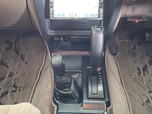 SSR-X NEWペイントグレー リフトアップ ナローボディー DEANホイール 社外マフラー ヒッチメンバー 4WD ディーゼル オレンジコーナーレンズ(25枚目)