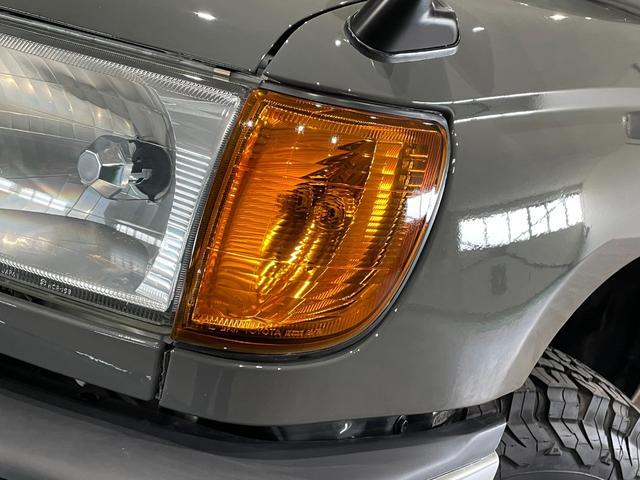 SSR-X NEWペイントグレー リフトアップ ナローボディー DEANホイール 社外マフラー ヒッチメンバー 4WD ディーゼル オレンジコーナーレンズ(43枚目)