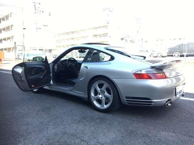 911ターボ ティプトロニックS 4WD純正レッドキャリパー(5枚目)