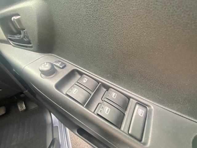 カスタム X スマートキー 社外CDオーディオ フォグランプ 純正アルミ ETC 電動格納ミラー パワステ パワーウィンドウ Pガラス オートエアコン エアバック ABS(29枚目)