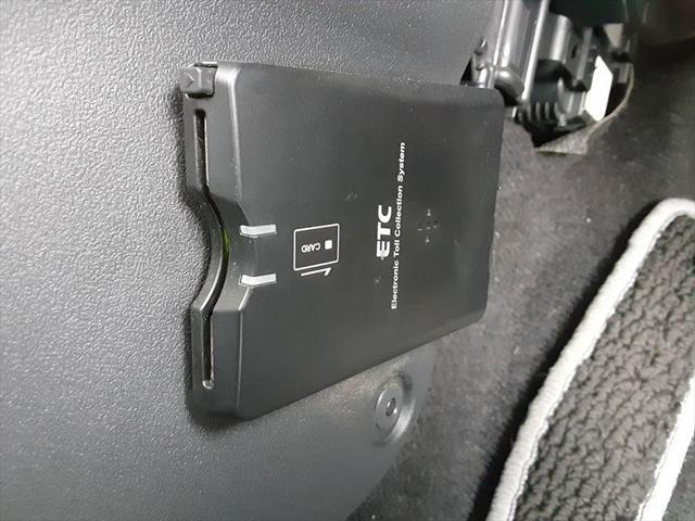 ローブ 1年保証付 純正HDDナビ Bluetooth 地デジ LEDヘッドライト スマートキー プッシュスタート ETC アイドリングストップ(31枚目)