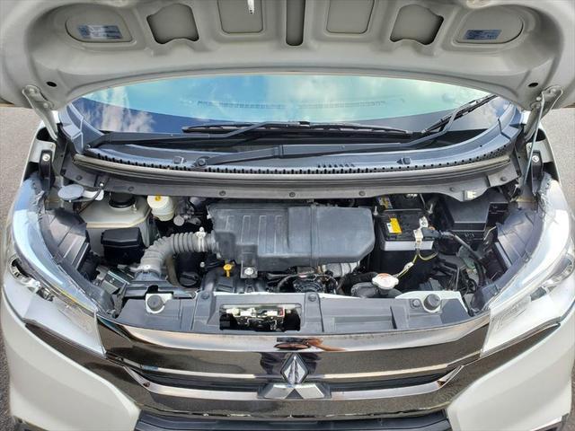 Gセーフティパッケージ 1年保証付 衝突軽減ブレーキ アラウンドビューモニター メモリーナビ 地デジTV HIDヘッドライト オートライト スマートキー プッシュスタート シートヒーター アイドリングストップ(46枚目)