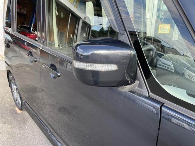 XS 1年保証付 メモリーナビ 地デジTV バックカメラ スマートキー HIDヘッドライト オートライト 純正14インチアルミホイール プライバシーガラス(13枚目)