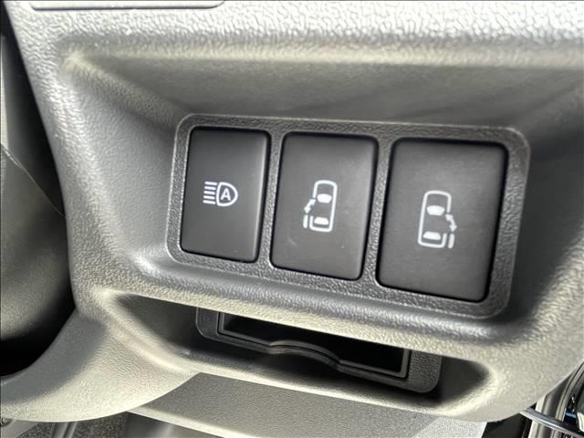 スーパーGL ダークプライムII 新車未登録車 トヨタセーフティセンス ハーフレザー 両側電動スライドドア デジタルインナーミラー AC100V電源 スマートキー&プッシュスタート LEDヘッドライト コンビハンドル 衝突軽減(9枚目)