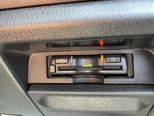 ZS 煌III 新車未登録 両側電動パワースライドドア 16インチアルミ クリアランスソナー スマートキー(8枚目)