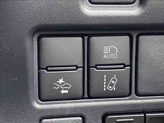 ZS 煌III 新車未登録 両側電動パワースライドドア 16インチアルミ クリアランスソナー スマートキー(11枚目)