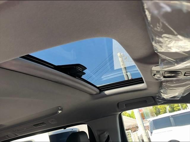2.5S Cパッケージ 新車未登録 サンルーフ デジタルインナーミラー ブラインドスポットモニター シートヒーター 本革シート バックカメラ(5枚目)