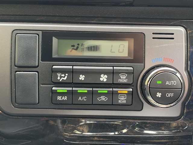 スーパーGL ダークプライム 純正SDナビ フルセグ バックカメラ Wエアバック ハーフレザー&アルカンターラ ウッド調コンビハンドル&パネル モデリスタフロントリップ 4WD(5枚目)