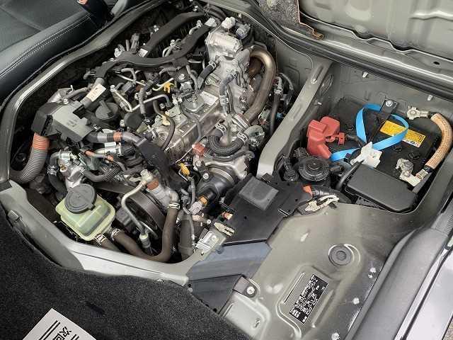 スーパーGL ダークプライム ハーフレザー 純正ナビTV バックカメラ 衝突軽減ブレーキ レーンキープ スマートキー オートハイビーム ディーゼル4WD(4枚目)