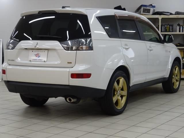 Gリミテッドエディション 4WD ブラックレザーシート 純正HDDナビ バックモニター サイドバイザー シートヒーター パドルシフト ロックフォードサウンドシステム(13枚目)