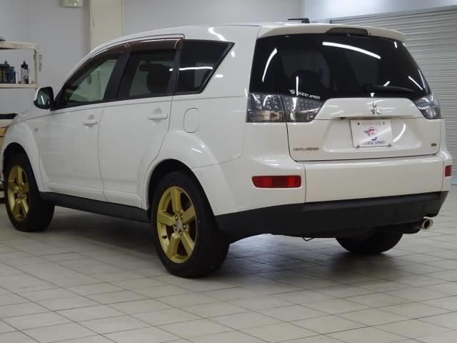 Gリミテッドエディション 4WD ブラックレザーシート 純正HDDナビ バックモニター サイドバイザー シートヒーター パドルシフト ロックフォードサウンドシステム(14枚目)