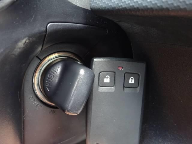 Gリミテッドエディション 4WD ブラックレザーシート 純正HDDナビ バックモニター サイドバイザー シートヒーター パドルシフト ロックフォードサウンドシステム(17枚目)