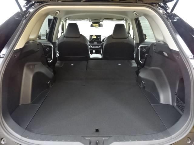 アドベンチャー オフロードパッケージ バックカメラ クリアランスソナー 衝突軽減ブレーキ 追従クルーズコントロール LEDヘッド レーンキープ 合成革シート オートハイビーム 新車未登録 ルーフレール 純正19AW 4WD(9枚目)