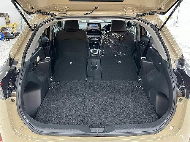 HYBRID Z 新車未登録 ステアリングヒーター ブラインドスポット パノラミックビュー LED シートヒーター bluetooth レーダークルーズコントロール 純正AW スマートキー(17枚目)