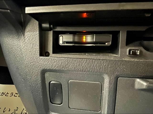 ロングEXCEED 純正HDDナビ バックカメラ クルーズコントロール ビルトインETC 4WD ステアリングリモコン スマートキー 純正アルミホイール フォグランプ オートエアコン(4枚目)