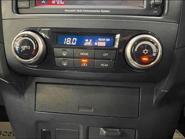 ロングEXCEED 純正HDDナビ バックカメラ クルーズコントロール ビルトインETC 4WD ステアリングリモコン スマートキー 純正アルミホイール フォグランプ オートエアコン(7枚目)