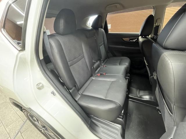 20X 純正ナビ インテリキー カブロンシート パートタイム4WD ETC パワーバックドア LEDヘッドライト オートライト コーナーセンサー ダウンヒルアシスト(6枚目)