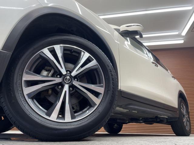 20X 純正ナビ インテリキー カブロンシート パートタイム4WD ETC パワーバックドア LEDヘッドライト オートライト コーナーセンサー ダウンヒルアシスト(19枚目)