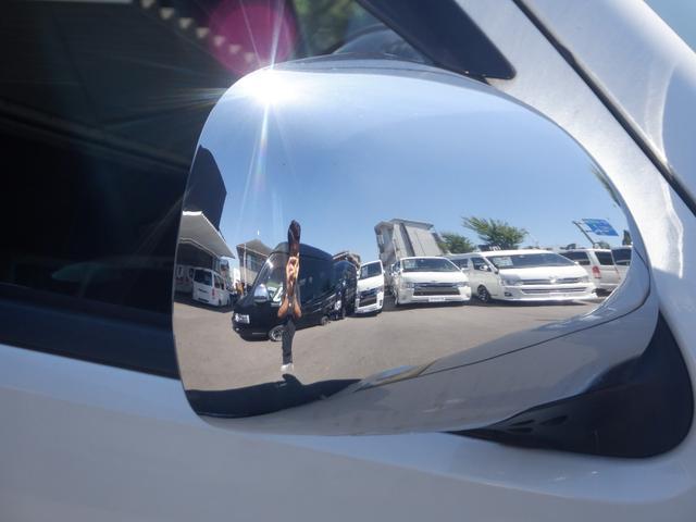 ロングワイドスーパーGL SD地デジナビ/ETC車載器/Wエアバッグ/レザー調シートカバー/17inアルミ/ディスチャージヘッドライト/モデリスタフロントスポイラー/サイドバイザー/キーレスエントリー(32枚目)