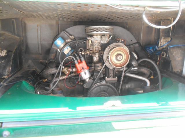 1971年モデル 右ハンドル 5ナンバー 乗用車登録 サードシート 1600エンジン シングルキャブ フロントディスクブレーキ  ホイールトリムリング(20枚目)