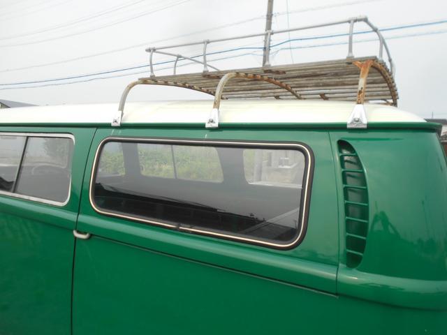 1971年モデル 右ハンドル 5ナンバー 乗用車登録 サードシート 1600エンジン シングルキャブ フロントディスクブレーキ  ホイールトリムリング(21枚目)