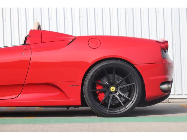 F1 走行8000キロ台/屋内保管/フェラーリバック&工具/燃料ポンプ左右交換済/イエローレブカウンター/社外HDDナビ/バックカメラ/HYPER FORGED20in/カーボンインテリア/可変バルブ(39枚目)