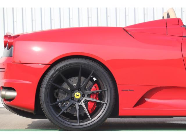 F1 走行8000キロ台/屋内保管/フェラーリバック&工具/燃料ポンプ左右交換済/イエローレブカウンター/社外HDDナビ/バックカメラ/HYPER FORGED20in/カーボンインテリア/可変バルブ(43枚目)