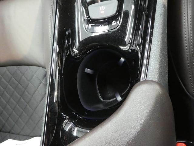 「トヨタ」「C-HR」「SUV・クロカン」「岐阜県」の中古車28