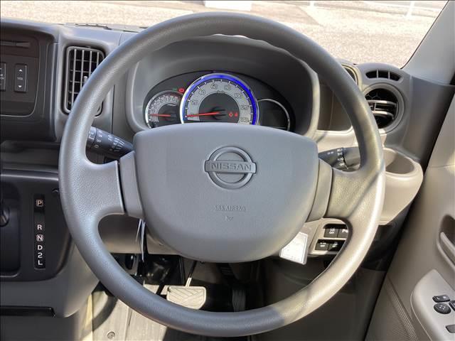 GXターボ 衝突軽減ブレーキ ハイルーフ キーレス ターボ パワーステアリング パワーウインドウ ダイヤル式エアコン Wエアバック 横滑り抑制装置 オートライト 純正CDプレイヤー クリアランスソナー 純正タイヤ(6枚目)