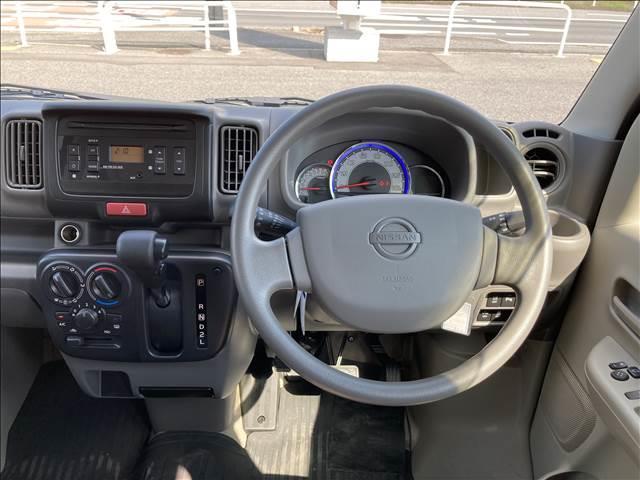 GXターボ 衝突軽減ブレーキ ハイルーフ キーレス ターボ パワーステアリング パワーウインドウ ダイヤル式エアコン Wエアバック 横滑り抑制装置 オートライト 純正CDプレイヤー クリアランスソナー 純正タイヤ(10枚目)