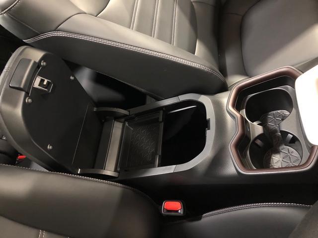 G Zパッケージ 寒冷地仕様 4WD 9インチ純正ナビ デジタルインナーミラー TRDフルエアロ TRDオーバーフェンダー TRDマフラー ドラレコ 社外アルミ サンルーフ(33枚目)