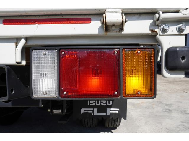 フルフラットロー 積載2t ETC 左電動格納ミラー ASR Wタイヤ 走行距離23037Km アイドリングストップ 荷台内寸3105mm/1605mm/375mm 荷台高860mm 車両総重量4325kg(11枚目)