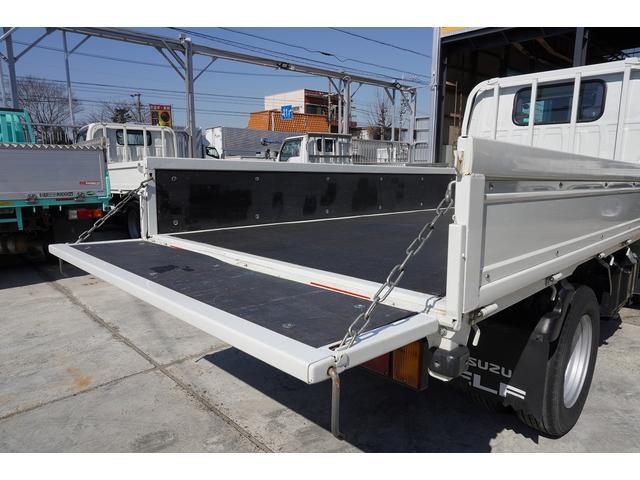 フルフラットロー 積載2t ETC 左電動格納ミラー ASR Wタイヤ 走行距離23037Km アイドリングストップ 荷台内寸3105mm/1605mm/375mm 荷台高860mm 車両総重量4325kg(23枚目)