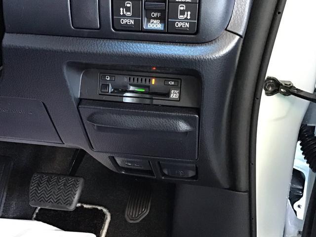 2.0ビルトインETC車載器もございます。
