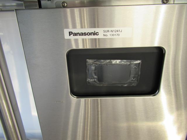 キッチンカー 移動販売車 ケータリングカー AT オーニング付き 3槽シンク コールドテーブル ステンレス作業台 換気扇 LED照明 バックモニター 100V外部電源 給排水タンク 庫内設備新品(38枚目)