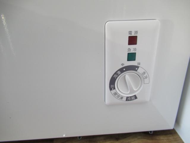 キッチンカー 移動販売車 ケータリングカー AT オーニング付き 3槽シンク コールドテーブル ステンレス作業台 換気扇 LED照明 バックモニター 100V外部電源 給排水タンク 庫内設備新品(49枚目)