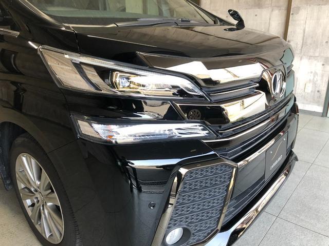 東名阪高速道路四日市インターを下りて車で約18分程のところにございます。