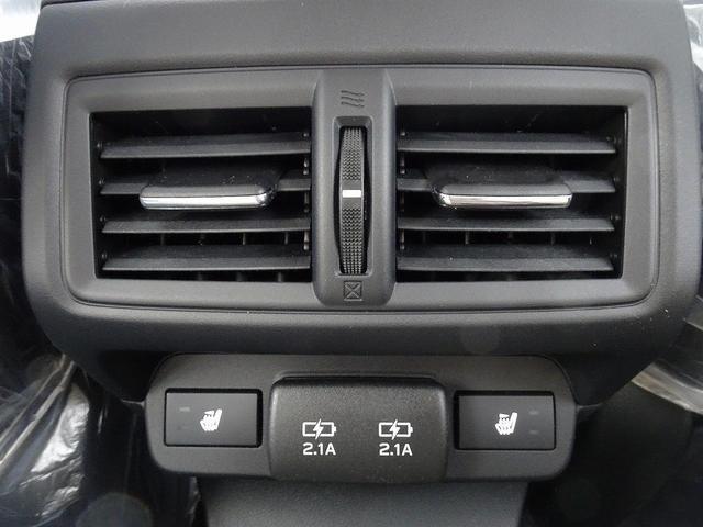 STIスポーツ EX 登録済未使用車 11.6型インフォメーションディスプレイナビ アイサイトX 電子制御ダンパー デジタルマルチビューモニター 電動リアゲート 前席パワーシート 全席シートヒーター リアフォグライト(32枚目)