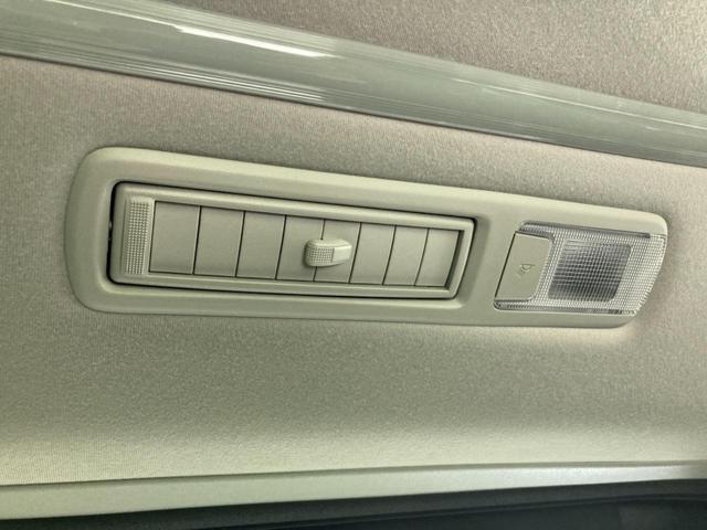2.5S 新型ディスプレイオーディオ サンルーフ 登録済未使用車 トヨタセーフティセンス 両側電動スライドドア レーダークルーズコントロール LEDヘッドライト レーンアシスト オートハイビーム(32枚目)