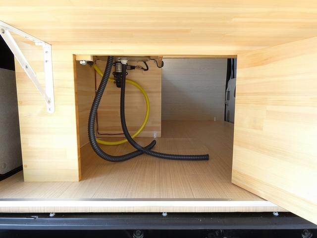 ジョインターボ 移動販売車 キッチンカー 新規架装  ハイルーフ ターボモデル 2槽シンク サイドカウンター リアカウンター 給水ポンプ フォーセット SDナビ TV ETC ドライブレコーダー バックカメラ(13枚目)