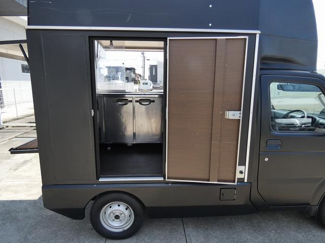 移動販売車 キッチンカー 4ナンバー登録 ホシザキ製コールドテーブル インバーター ライティングレール LED室内照明 アクリルウィンドウ 跳ね上げ式販売口 販売カウンター 外部電源 コンセント(28枚目)