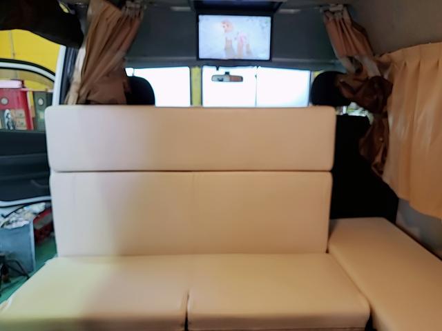 SロングワイドDX GLパッケージ キャンピングカー 9人乗り サブバッテリー 走行充電 コンバーター インバーター ナビ フルセグ バックカメラ フリップダウンモニター ETC パワースライドドア シンク 冷蔵庫(15枚目)