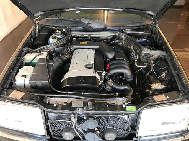 E320 W124 ガレージ保管 レストア 取説あり 木目調(8枚目)