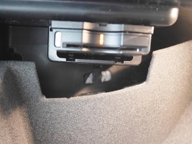メルセデス・ベンツ M・ベンツ CLA220 4M レーダーセーフティパッケージ 4年保証